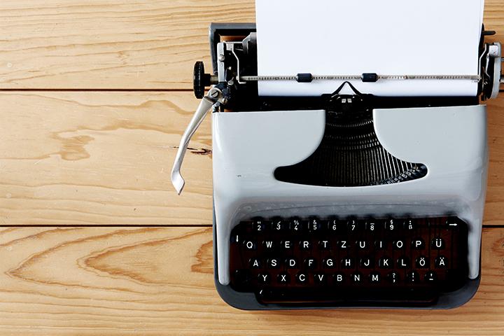 Alte Schreibmaschine Automated Content