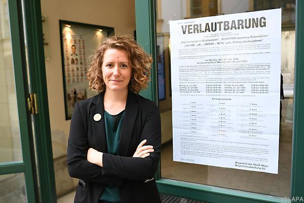 Auf dem Bild sieht man Katharina Rogenhofer. Sie ist fŸr das Klima-Volksbegehren verantwortlich.